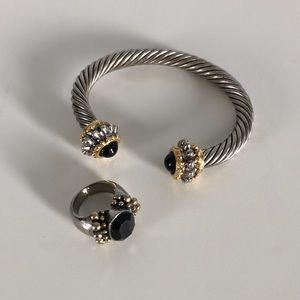 Set of jewelry